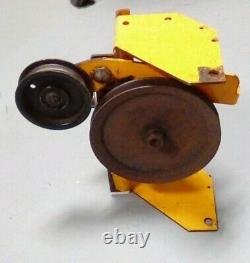 Genuine Cub Cadet right gear assembly 717-0250 OEM Replaced by 917-0250. 340 341